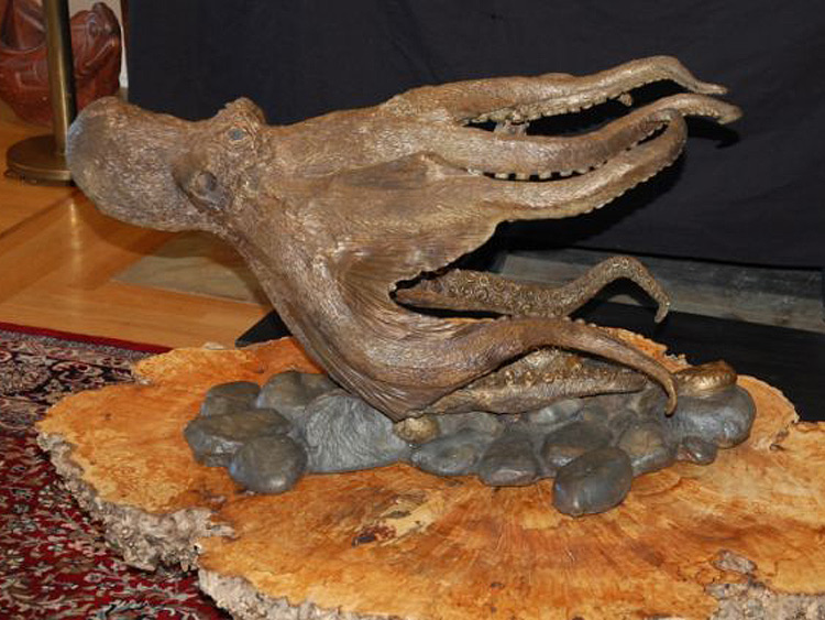 Image-38-Octopus-on-Cobble-Base.jpg