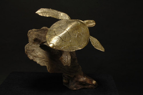 Swimming Sea Turtle Sculpture