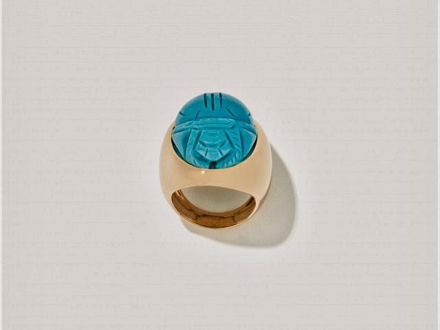 aurelie-bidermann-scarab-signet-ring.jpg