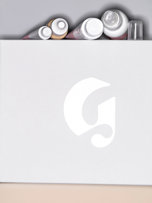 8093-09C-GLS-SRG-ALLPRODUCTBAG_R_RR-glossier-08.jpg