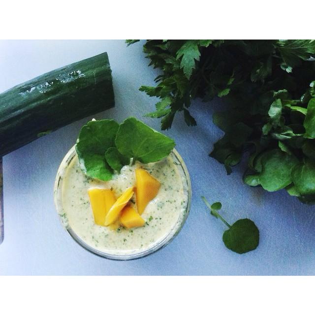 mango watercress smoothie.jpg