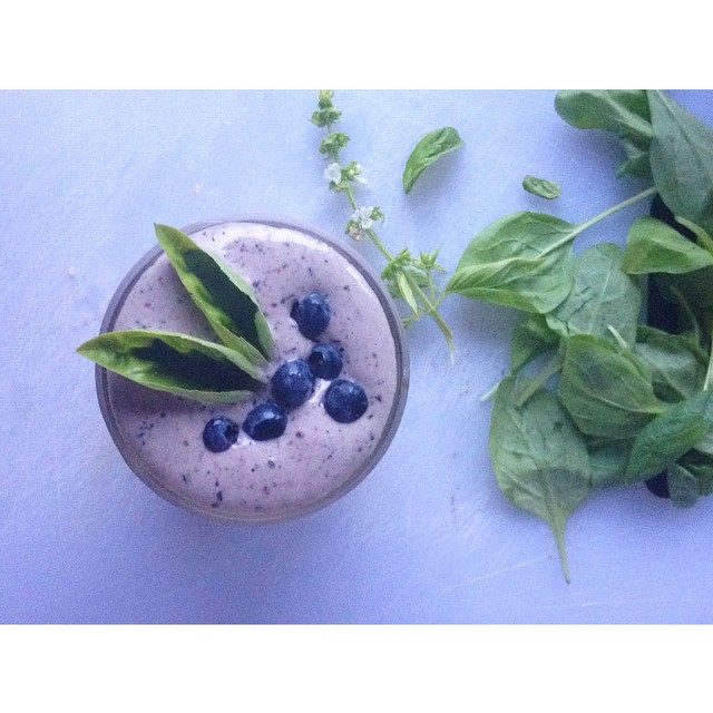 blueberrie basil smoothie from my new roots