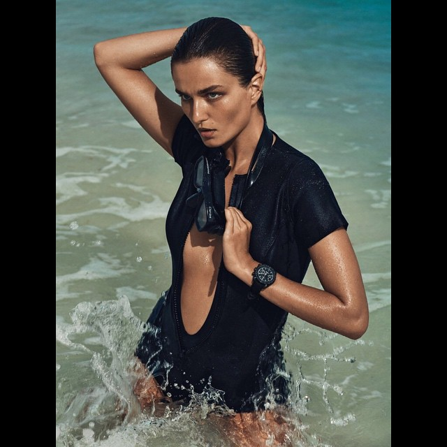 Vogue_Paris_and_The_Farrah_Maillot...__vogueparis__lisamariefernandez__neoprene__LEbondgirl_by_lisamariefernandez.jpg