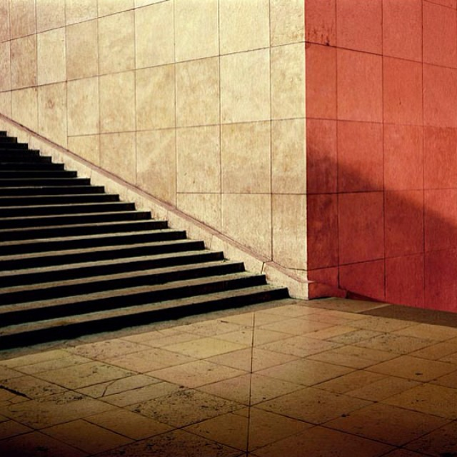 Contrastes__ambroiseTezenas__photographer__photograph__photo__trocadero__architecture__paris__2003_by_christinebodino.jpg