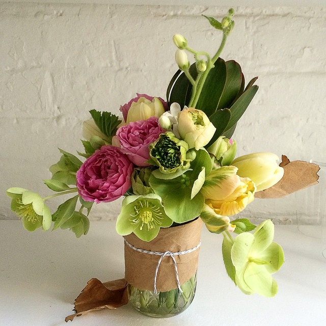 A_mini_to_brighten_up_this_soggy_NYC_day____miniatureblooms__eventblooms_by_tthblooms.jpg