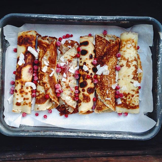 We_hope_this_gluten-free_coconut_and_pomegranate_pancake_perfection_warms_you_up_on_this_chilly_Tuesday.__nourishau_via__mrsmettedam__stackson__ravishingrolls_by_nourish_au.jpg