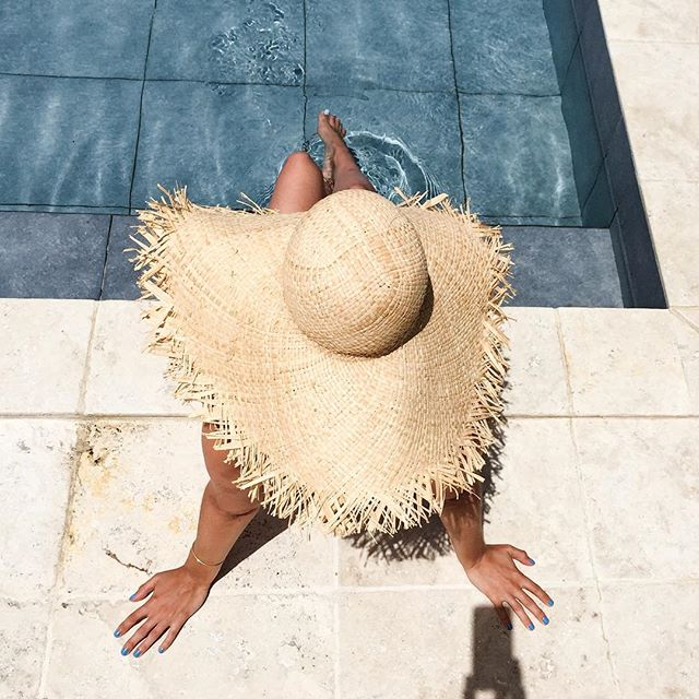 Spot_the_iPhone______poolside__fun__wimcovillas__StBarths__Thefashionguitar__ThefashionguitaronStBarths__WimcoVillas_by_thefashionguitar.jpg