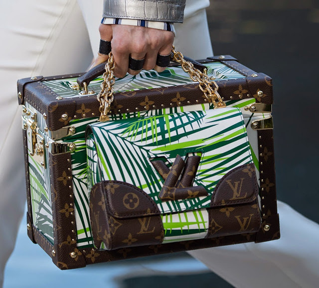 Louis-Vuitton-Cruise-2016-Bags-12.jpg