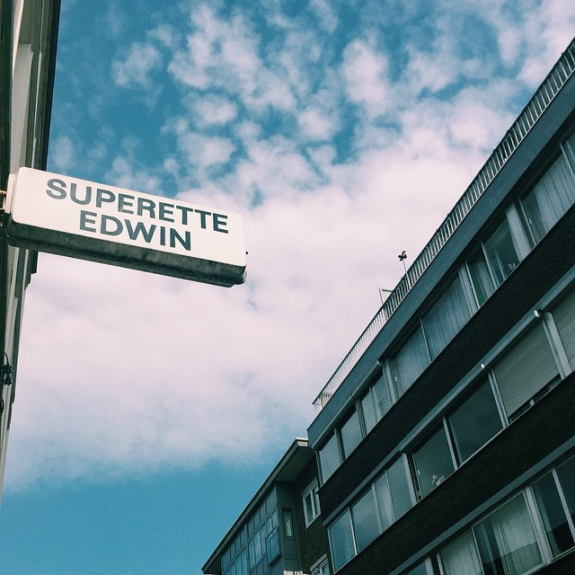 to eat / to brunch  de superette