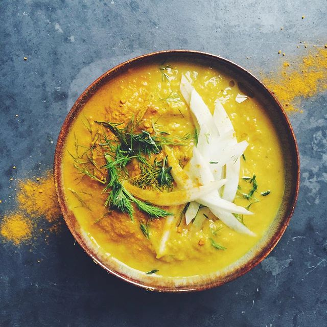 Turmeric Leek Apple Fennel and walnut soup - the first mess