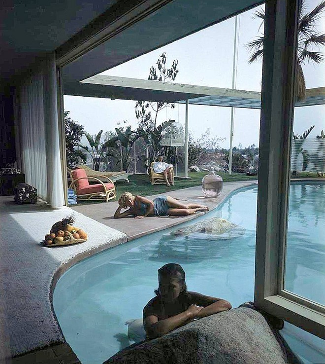 raymond-loewy-house-palm-springs-02.jpg