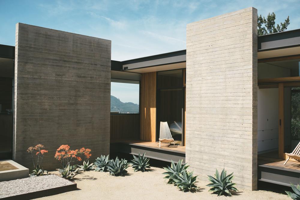 saddle-peak-house-michael-sant-topanga-california-usa-21.jpg