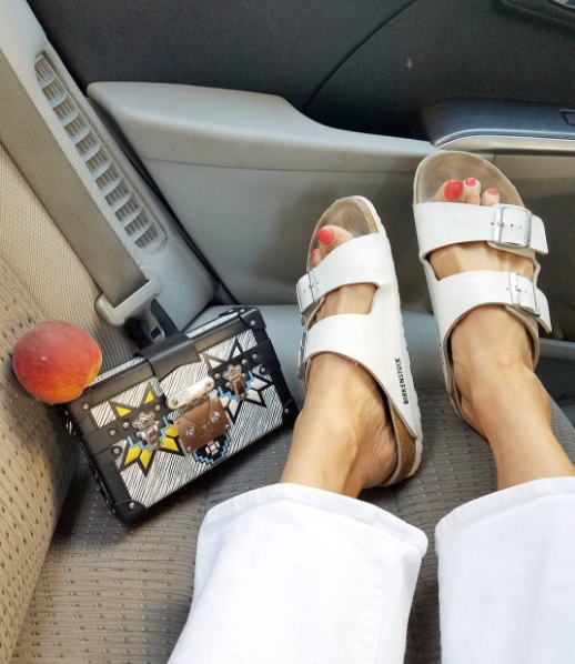 Eva Chen - Instagram - Fashion - Editor5.png