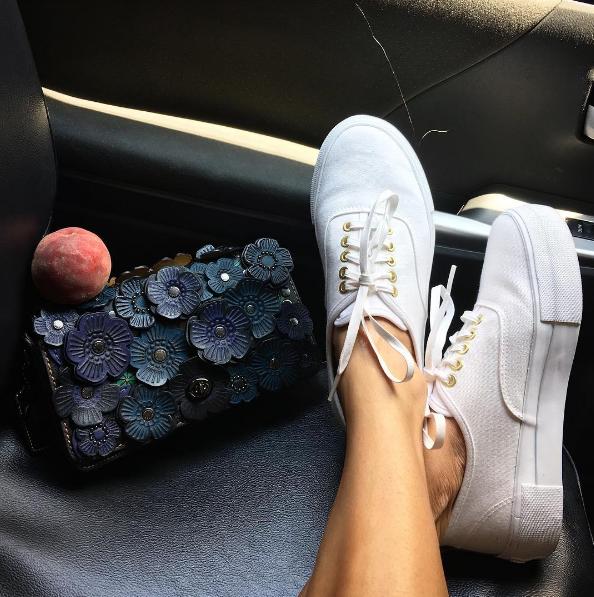 Eva Chen - Instagram - Fashion - Editor10.png