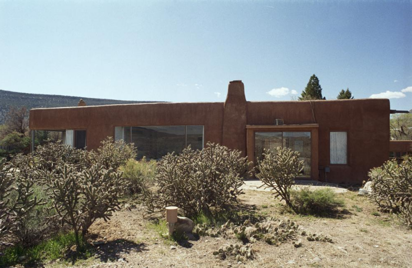 new_mexico_Georgia_Okeeffe_home_abiquiu3.png