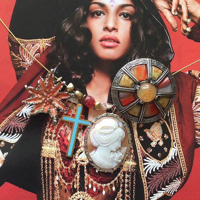 annick-vandeweghe-jewelry-vintage13.jpg