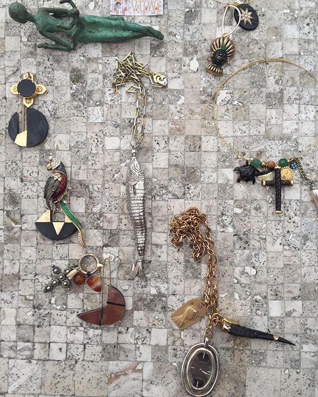annick-vandeweghe-jewelry-vintage18.jpg