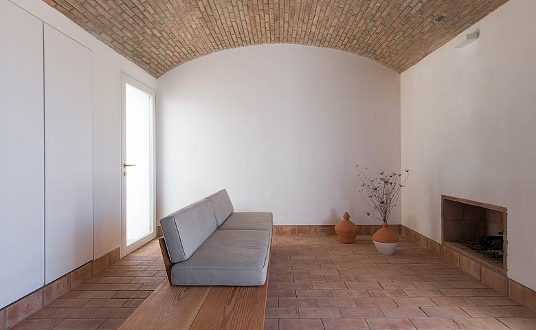 casa-modesta-portugal-01.jpg