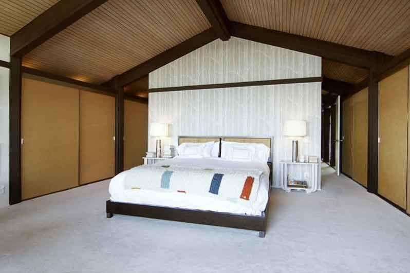 Aziz Ansari-Hong House-Los Feliz Estates5146_LOS_FRANCISCOS_011.0.jpg
