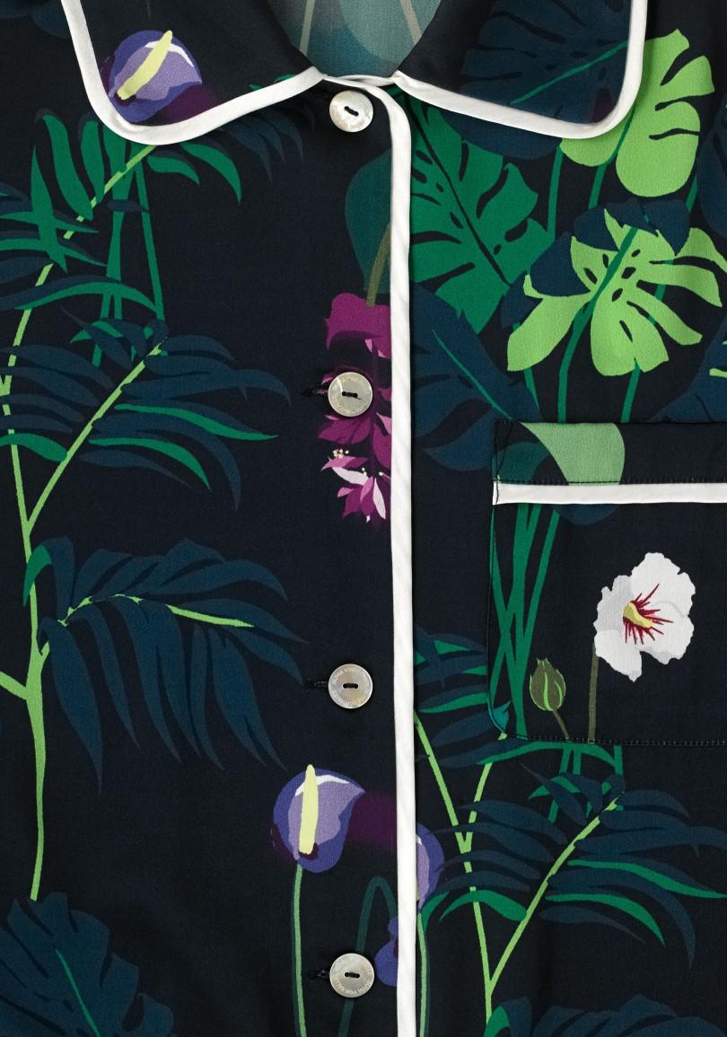 olivia-von-halle-lila-gene-silk-pyjama-navy-fabric-ss1807.jpg