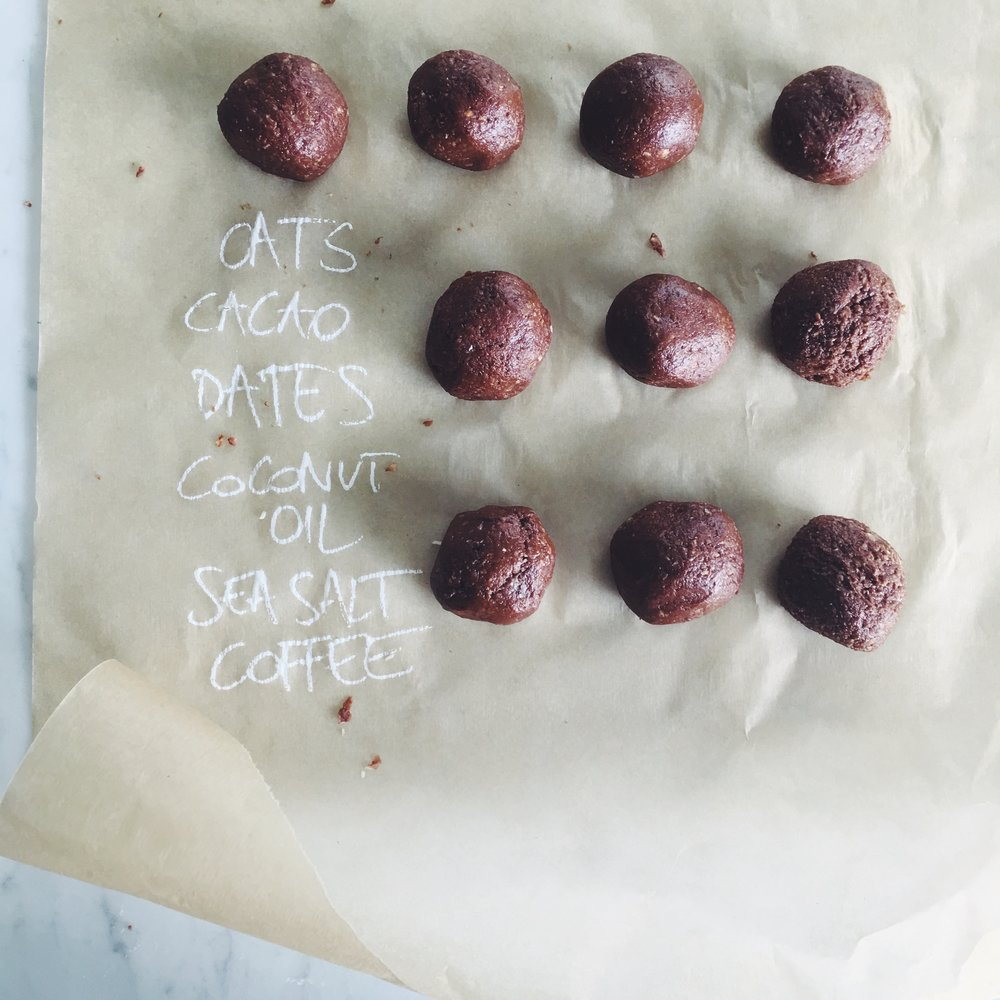 chocolate bites of chocolate balls-foodpharmacy1.jpg