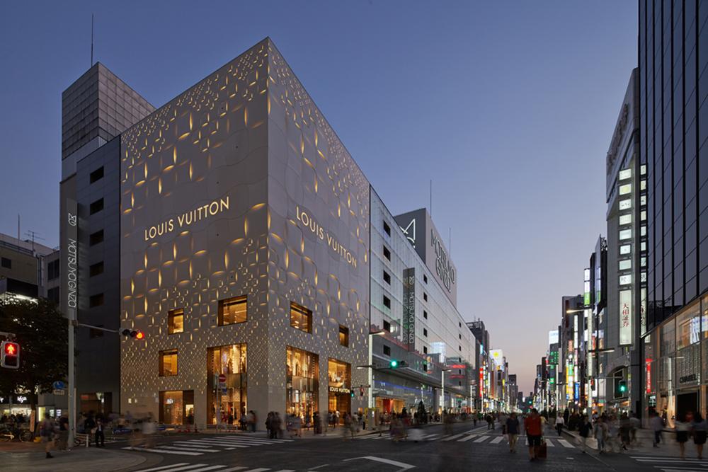 Louis Vuitton Matsuya Ginza Facade_1.jpg