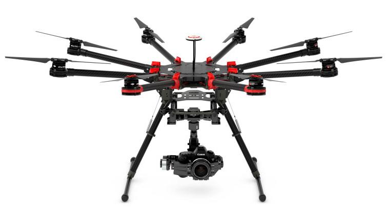 Der große DJI S1000 Octocopter mit einer Canon EOS 5D MKIII DSLR (Quelle: dji.com)