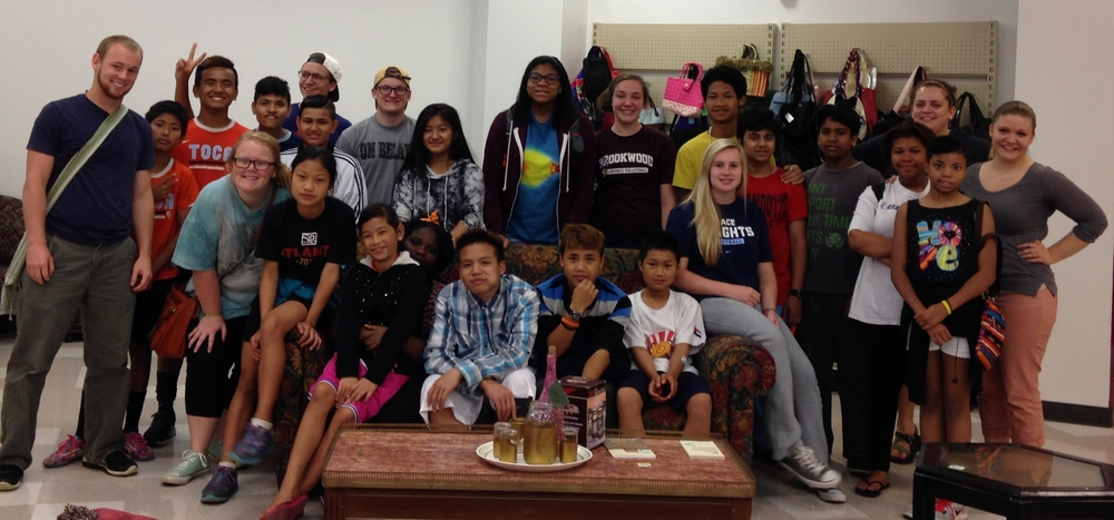The Northlake Youth Group at Adelante Thrift