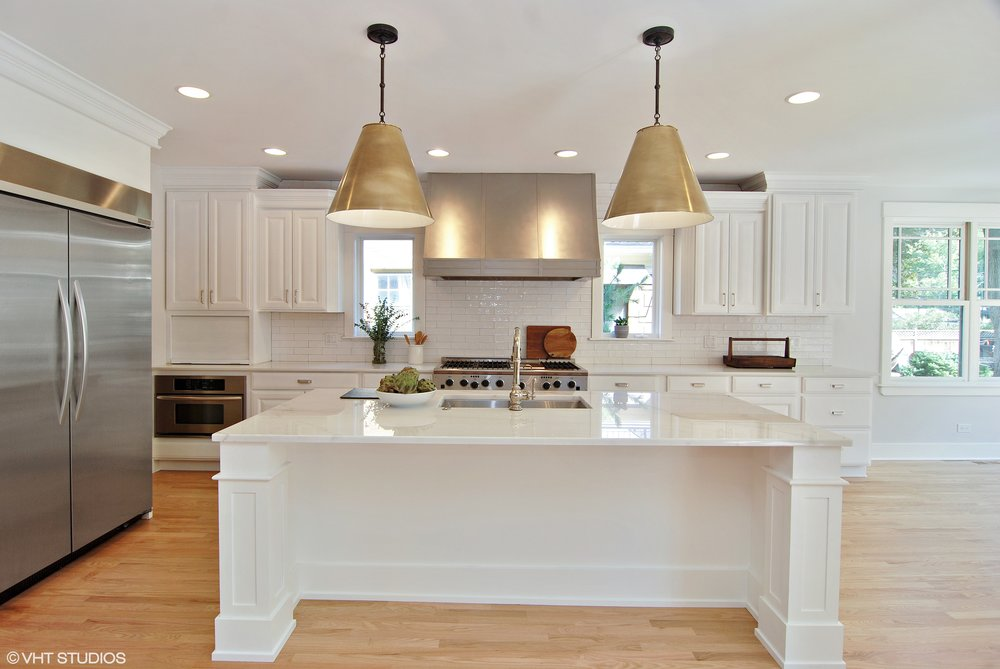 06_1307AshlandAve_177002_Kitchen_HiRes.jpg
