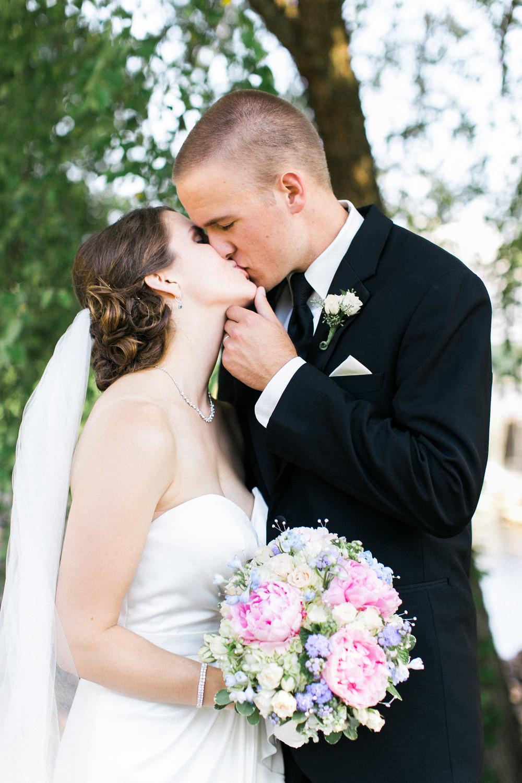 allyking-alexevan-wedding-blog 31.jpg