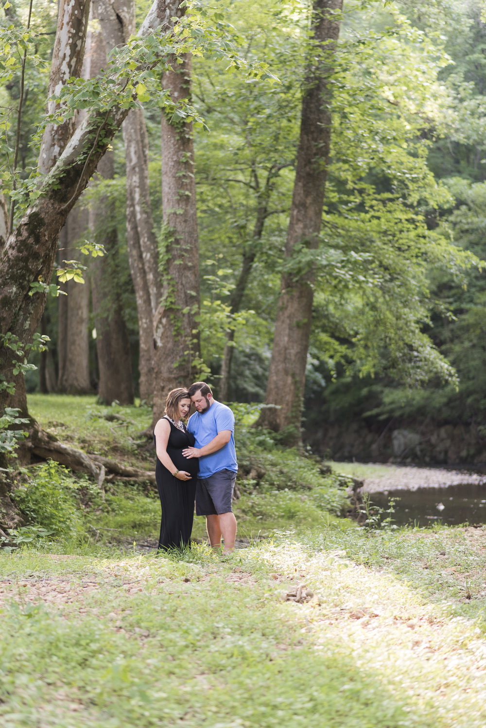 Maternity_Session_Water_Lynchburg_VA20150625_0016.jpg