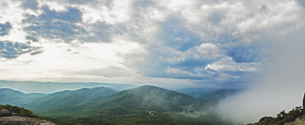 Sharptop_Mountain_Blue_Ridge_Mountains_Lynchburg_VA_1599.jpg