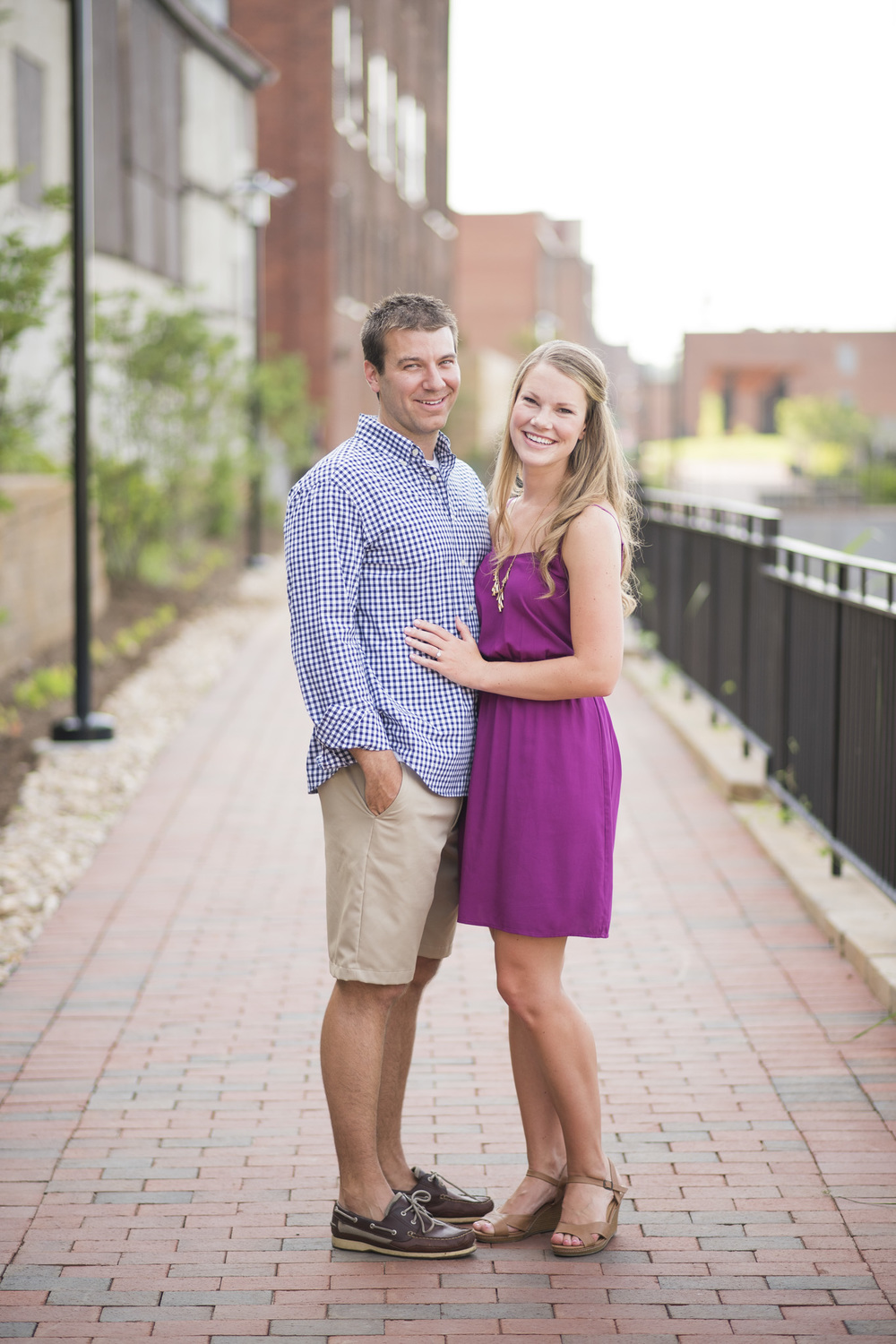 Downtown_Lynchburg_VA_craddock_Terry_Water_Fountain_Engagement_Session_Photos252.jpg