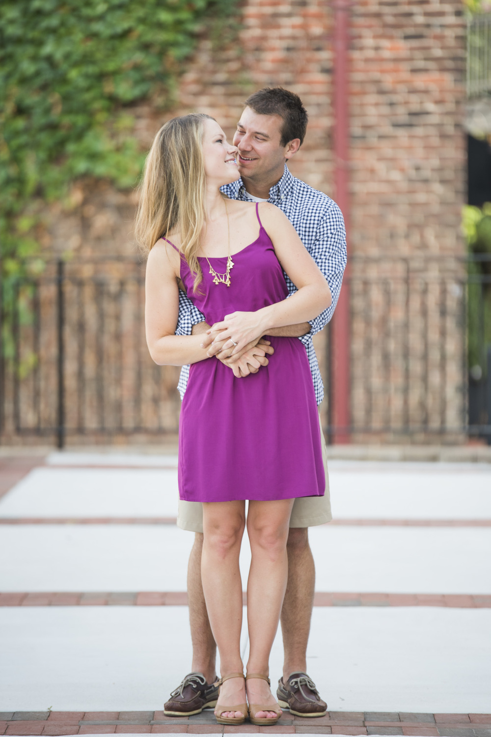 Downtown_Lynchburg_VA_craddock_Terry_Water_Fountain_Engagement_Session_Photos260.jpg