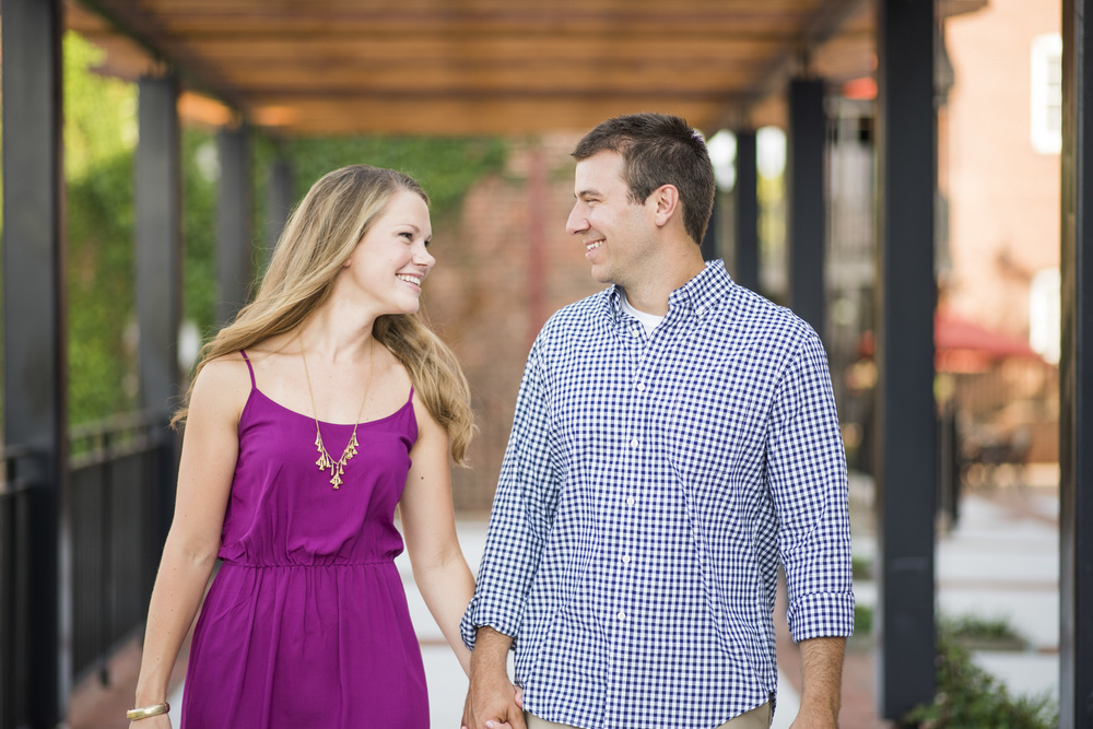 Downtown_Lynchburg_VA_craddock_Terry_Water_Fountain_Engagement_Session_Photos261.jpg