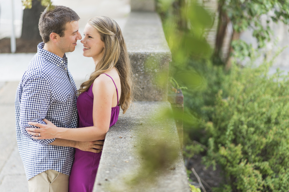 Downtown_Lynchburg_VA_craddock_Terry_Water_Fountain_Engagement_Session_Photos269.jpg
