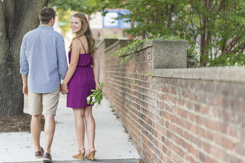 Downtown_Lynchburg_VA_craddock_Terry_Water_Fountain_Engagement_Session_Photos279.jpg