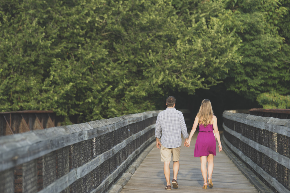 Downtown_Lynchburg_VA_craddock_Terry_Water_Fountain_Engagement_Session_Photos285.jpg