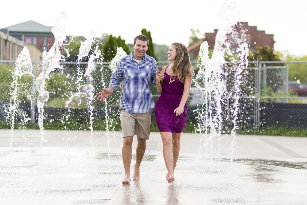 Downtown_Lynchburg_VA_craddock_Terry_Water_Fountain_Engagement_Session_Photos290.jpg