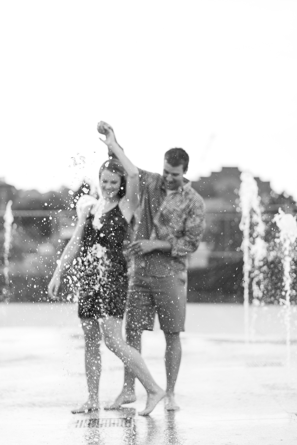 Downtown_Lynchburg_VA_craddock_Terry_Water_Fountain_Engagement_Session_Photos294.jpg