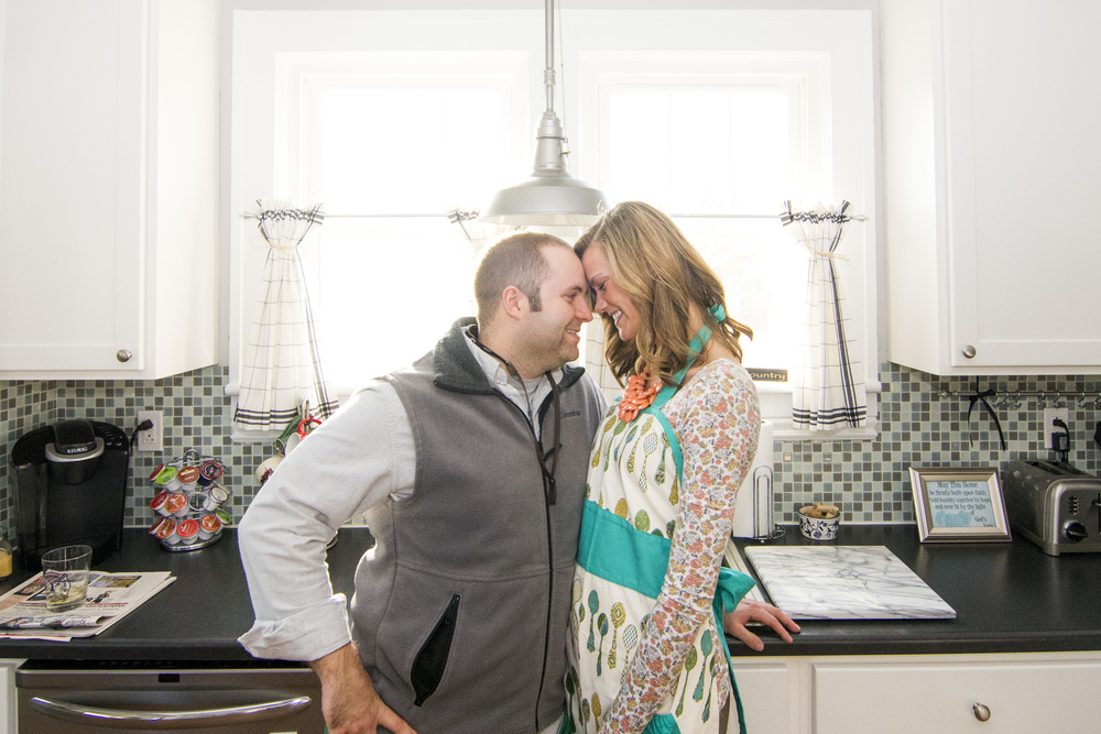 bedford_home_engagement_session_lifestyle_small_town_lynchburg_va003.jpg