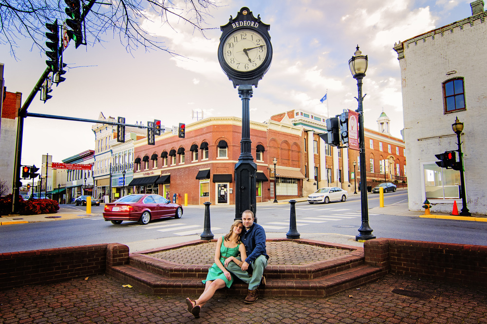 bedford_home_engagement_session_lifestyle_small_town_lynchburg_va007.jpg