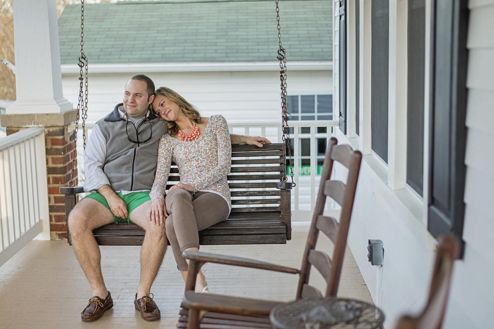 bedford_home_engagement_session_lifestyle_small_town_lynchburg_va018.jpg