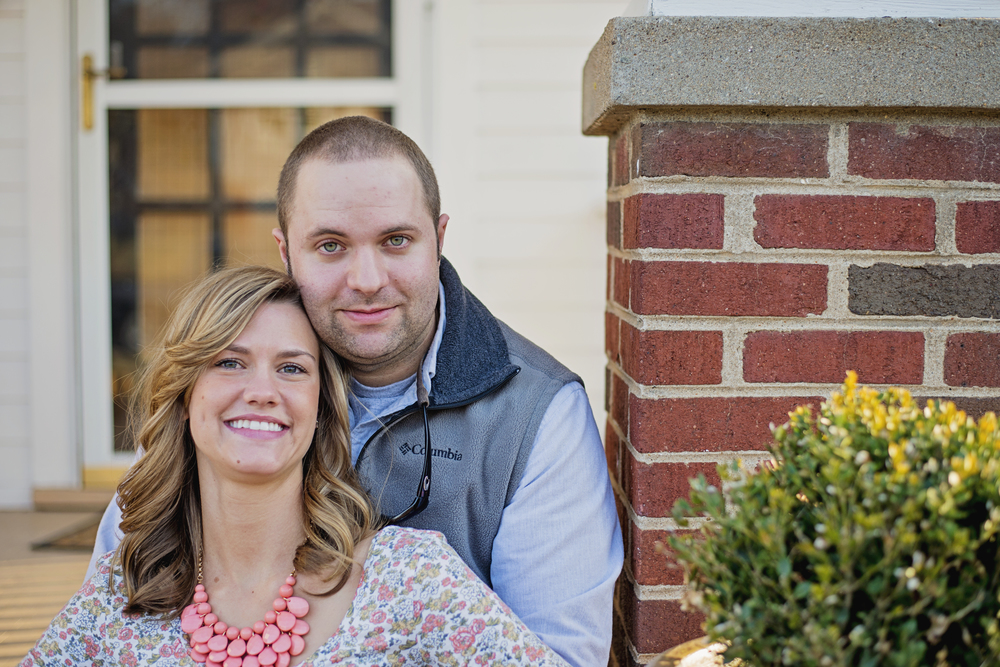 bedford_home_engagement_session_lifestyle_small_town_lynchburg_va019.jpg