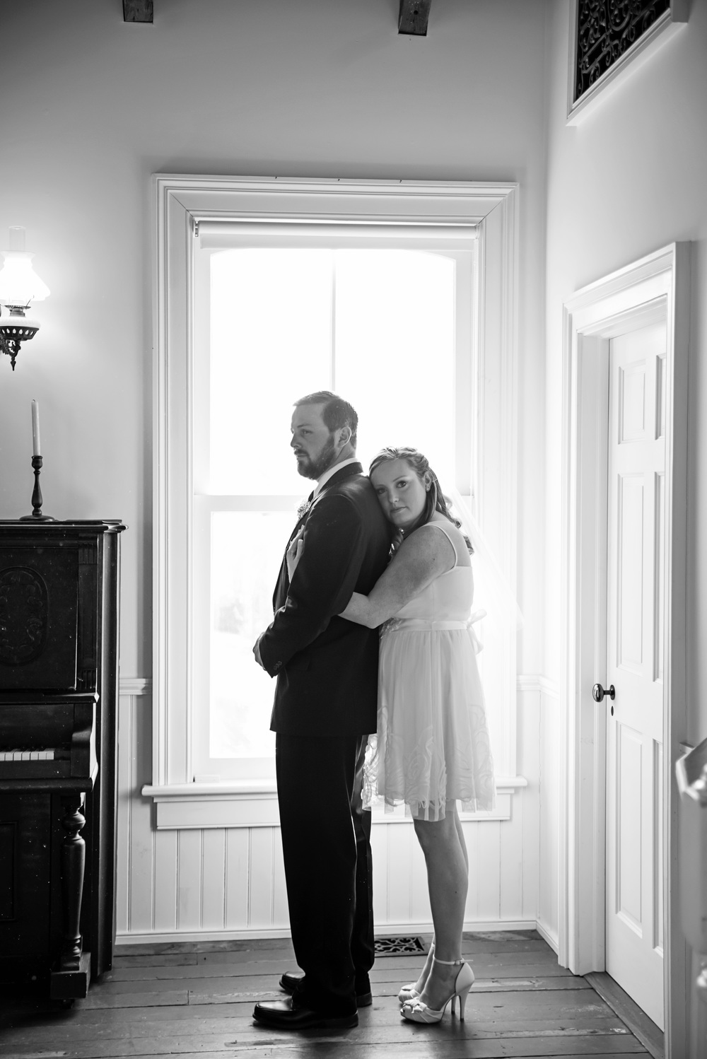 intimate_old_city_wedding_winter_lynchburg_va092.jpg