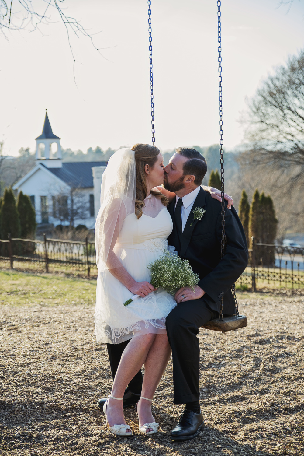 intimate_old_city_wedding_winter_lynchburg_va101.jpg