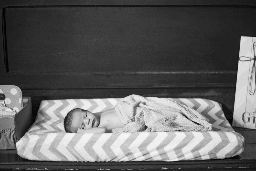 Newborn_lifestyle_family_session_lynchburg_va_photos332.jpg