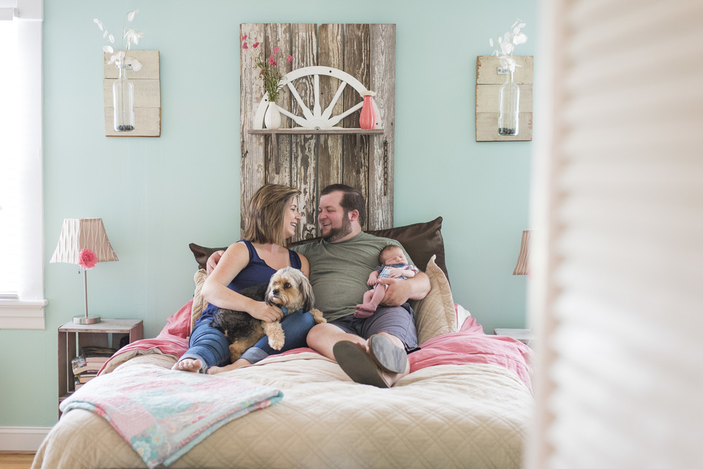 Newborn_lifestyle_family_session_lynchburg_va_photos345.jpg