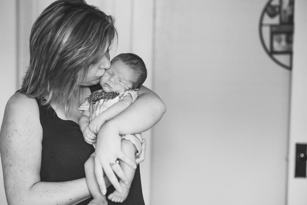 Newborn_lifestyle_family_session_lynchburg_va_photos352.jpg
