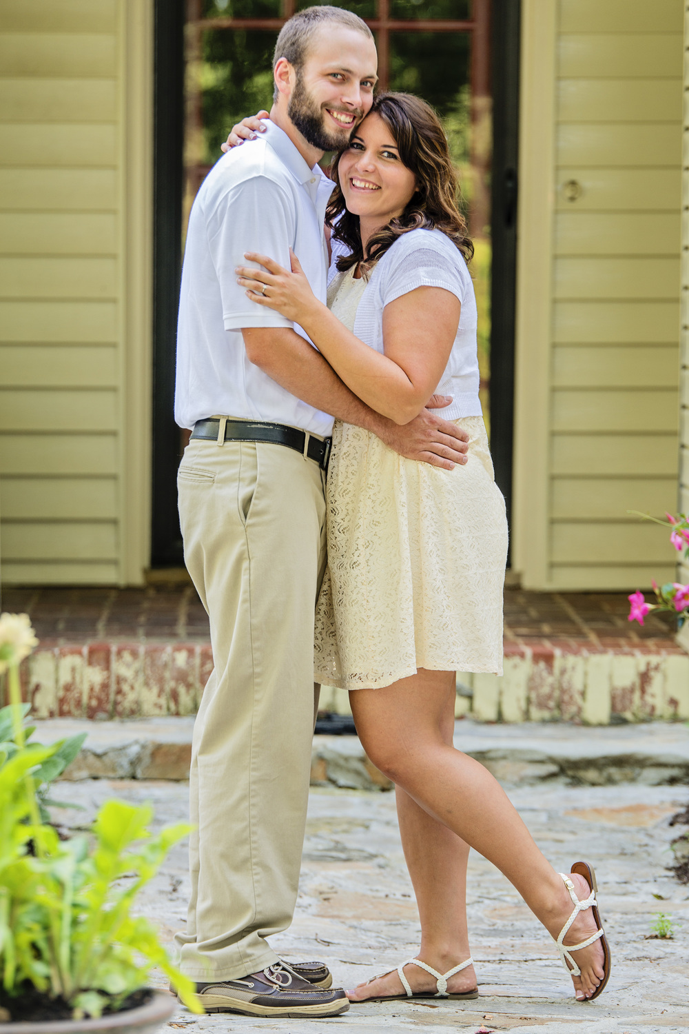 rustic_vintage_barn_engagement_session_north_carolina_lynchburg_va004.jpg